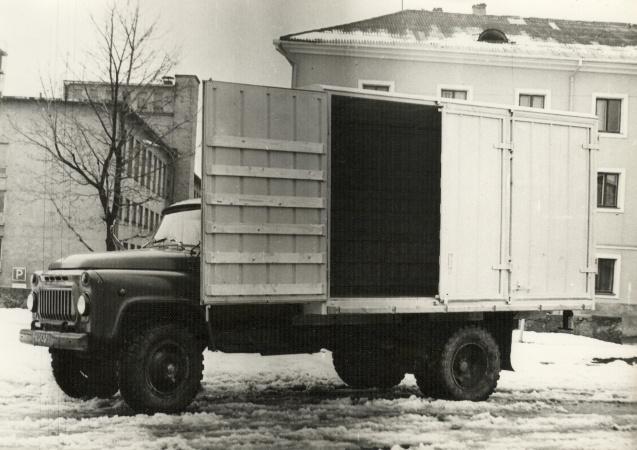 TA-37671 pakmeveo furgoonauto