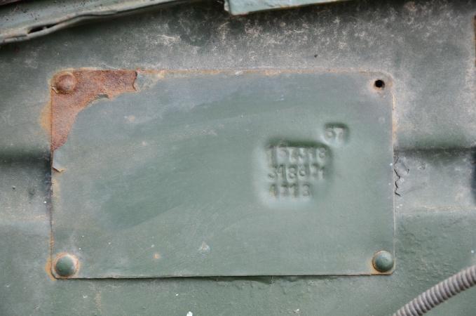 Algupärase GAZ-69 tehasesilt