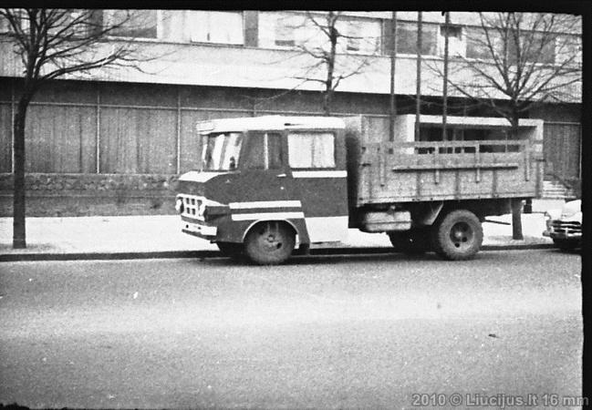 TA-942 kabiiniga porteveok Leedus