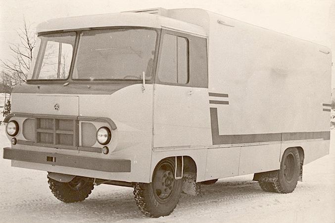 TA-942E furgoonauto jahutatud või külmutatud toiduainete veoks