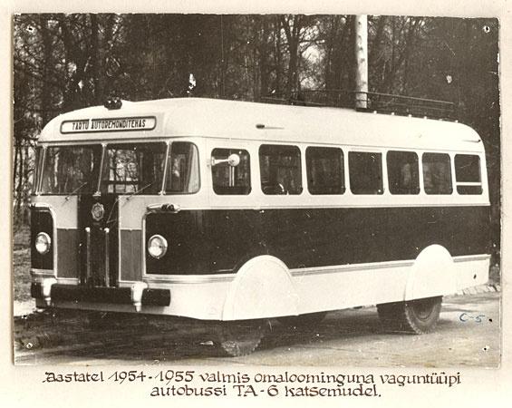 Autobussi TA-6 esimene katsemudel 1955. a. kevadel.