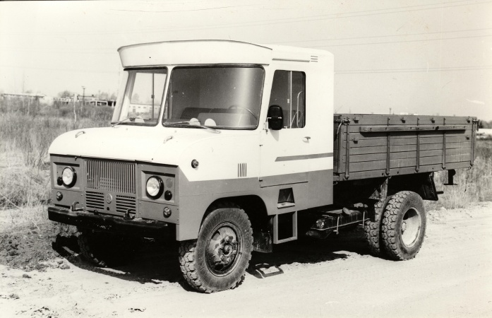 TA-3760-2 furgoonauto kabiiniga porteveok