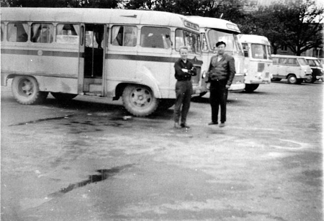 Pärnu ATP buss garaažinumbriga 30. Foto tehtud 1966. a Pärnu bussijaamas.