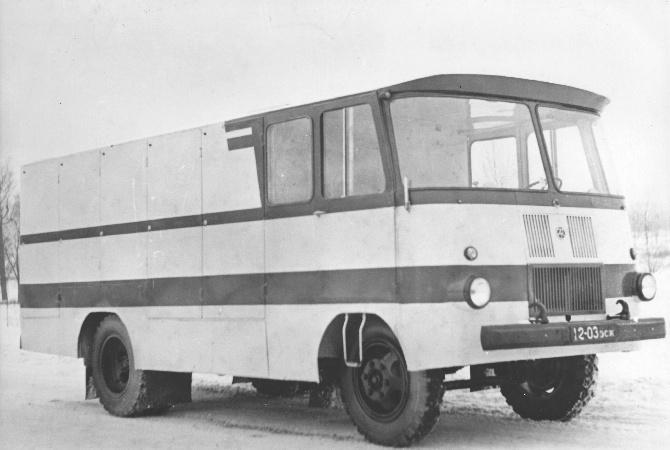 TA-9A2 pagaritoodete furgoonauto