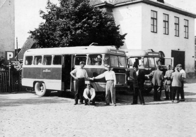 Viljandi autobaasi TA-6 marsruuttaksona